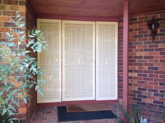 Retractable Flyscreen Designs by Illusion Flyscreens & Security Doors