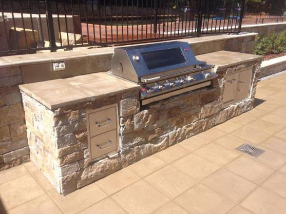 Outdoor Kitchen Ideas by Tim McAndrew Landscape Construction