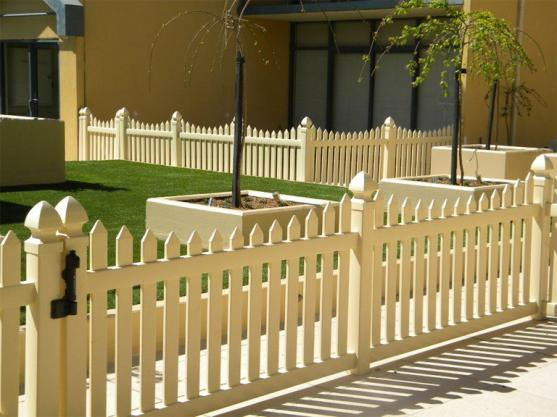 Picket Fencing Designs by Jim's Fencing ( Macarthur )
