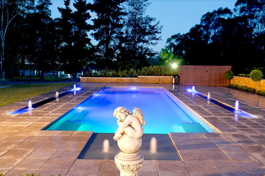 Lap pools inspiration local pools and spas australia for Inspiration pool cleaner