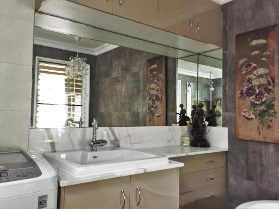 Ensuite, powder room or main, we can make any bathroom stylish and functional.
