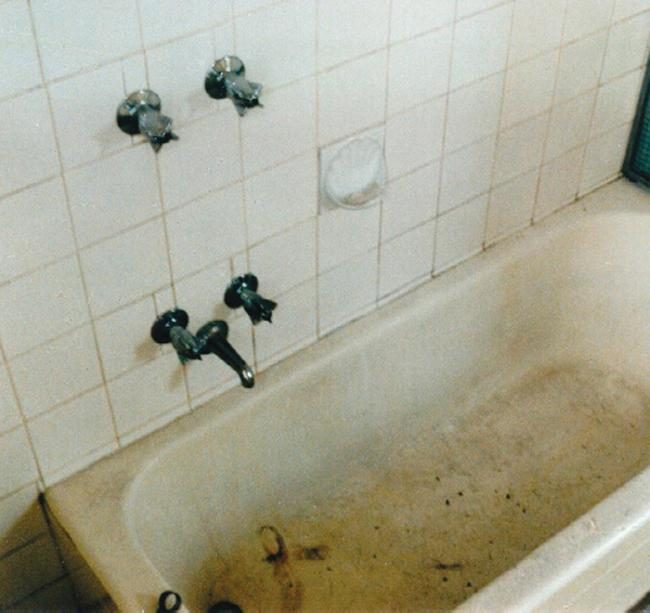 Bath Resurfacing Specialists In Sydney NSW   Get Free Quotes