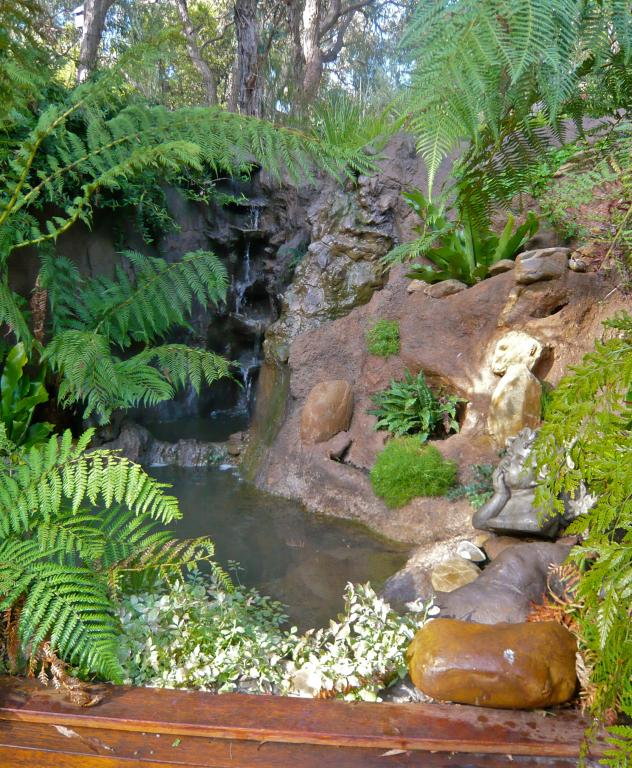 Installing Miniature Landscapes And Water Features