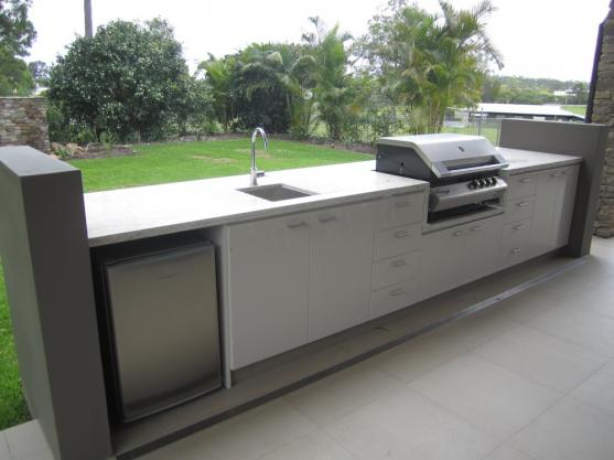 Outdoor kitchen design ideas get inspired by photos of for Exterior kitchen cabinets