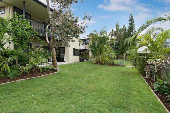 Garden Edging Ideas by Byron Hinterland Property Maintenance