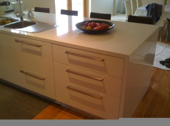 Kitchen Handles Design Ideas by DS Stone Benchtops