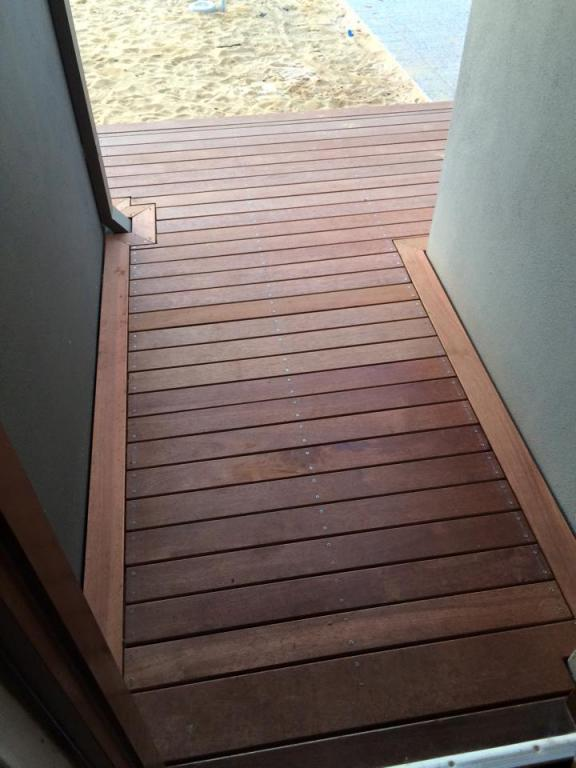 B Amp M Outdoor Features All Of Perth Max Bacon Ash Mote