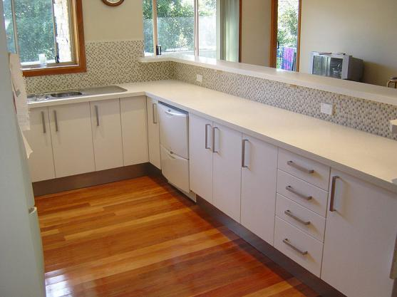 Kitchen Tile Design Ideas by All Kitchen Makeovers
