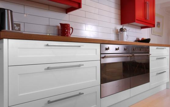 Kitchen Tile Design Ideas by Dream Doors Lower North Shore / Hornsby / Eastern Suburbs
