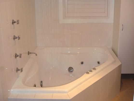 Corner Bath Ideas by Sommers Renovations