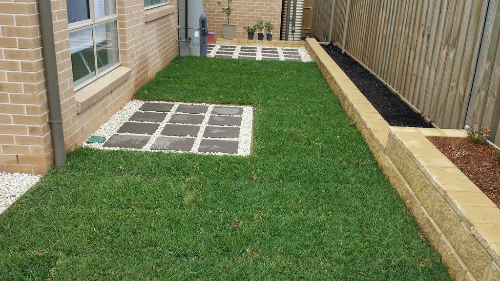 Garden Edging Blocks Masters : How to install concrete garden edging