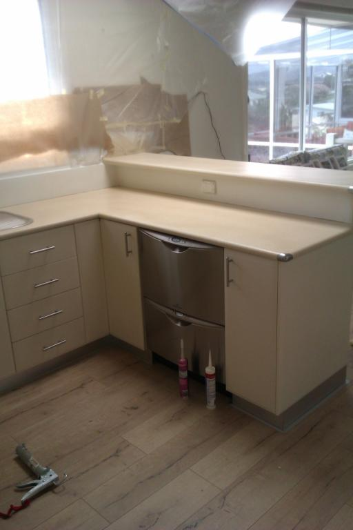 Tas Bath &Kitchen Resurfacing