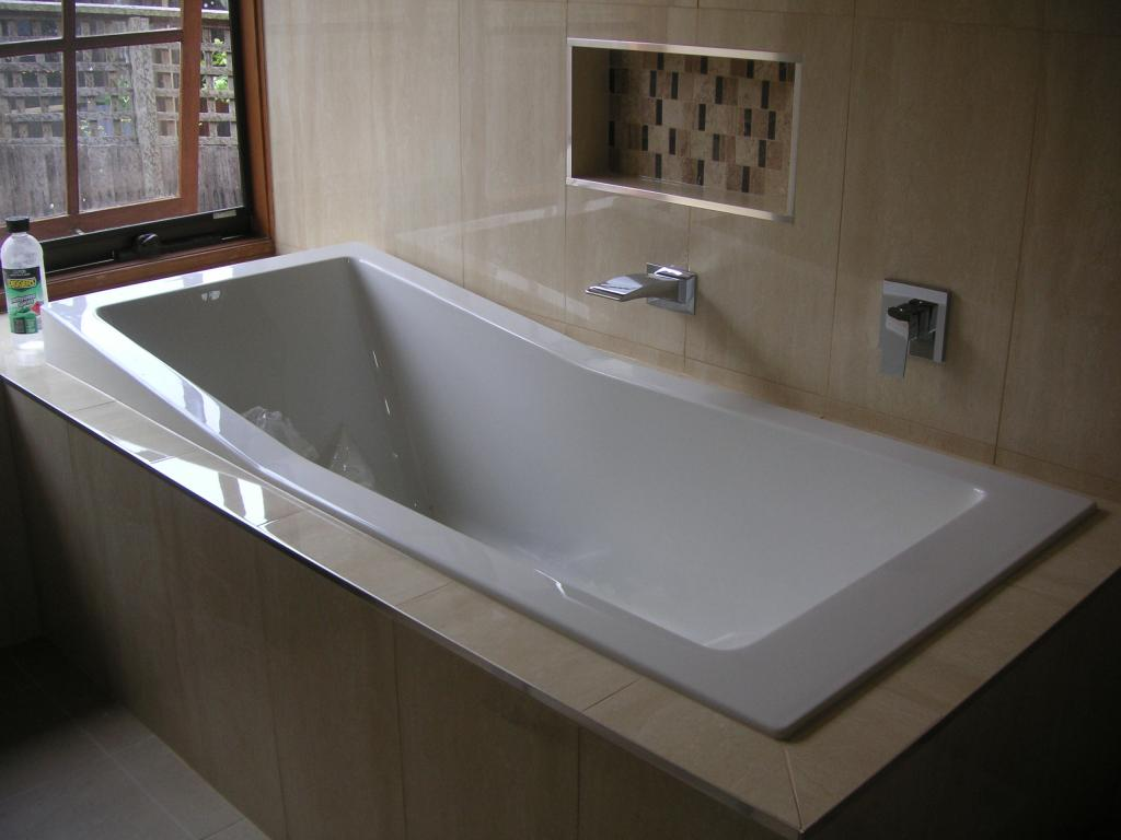 Baths inspiration all tech bathrooms the bathroom for Bathroom specialists