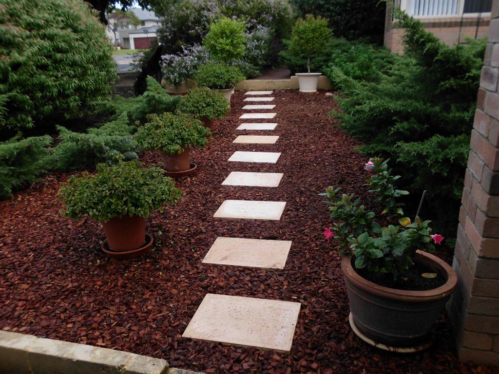 Garden paths inspiration gg general maintenance service for Garden ideas brisbane