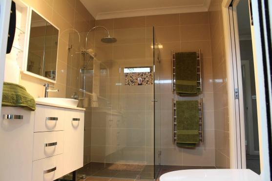Shower Design Ideas by Steegecorp Building