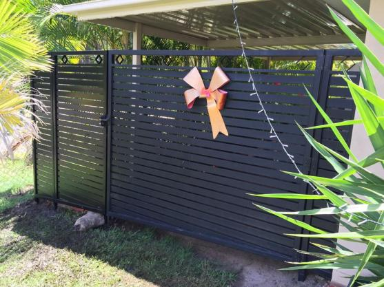 Privacy Screen Ideas by Paradise Fabrication & Fencing