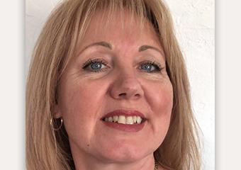 Karen Scott - International Clairvoyant - Medium