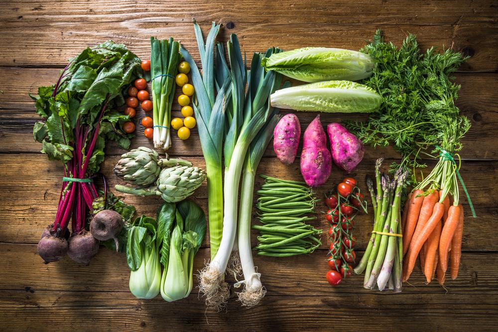 How many vegetables do australians eat each day