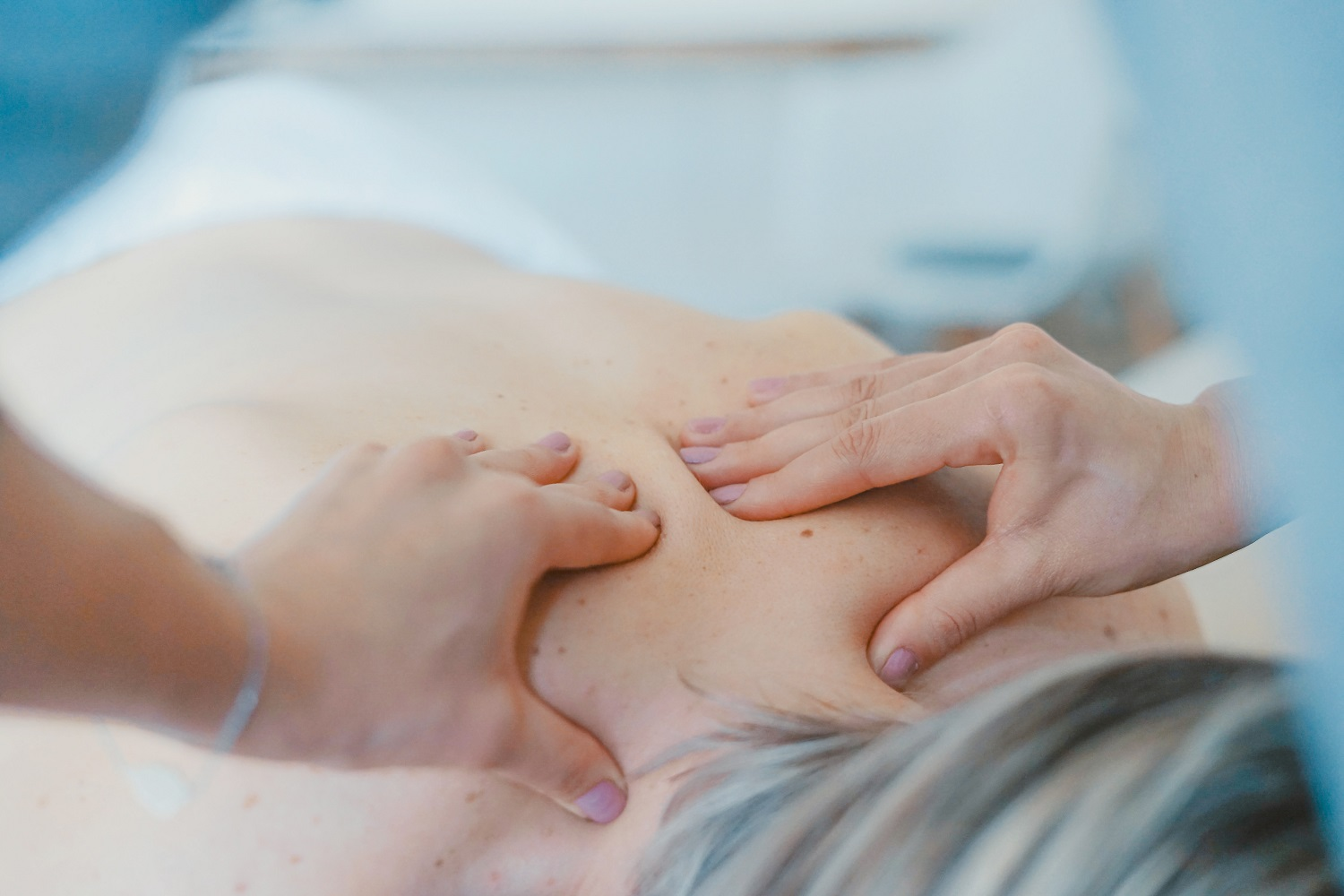 What is Oncology Massage & What are the Benefits of Oncology Massage?