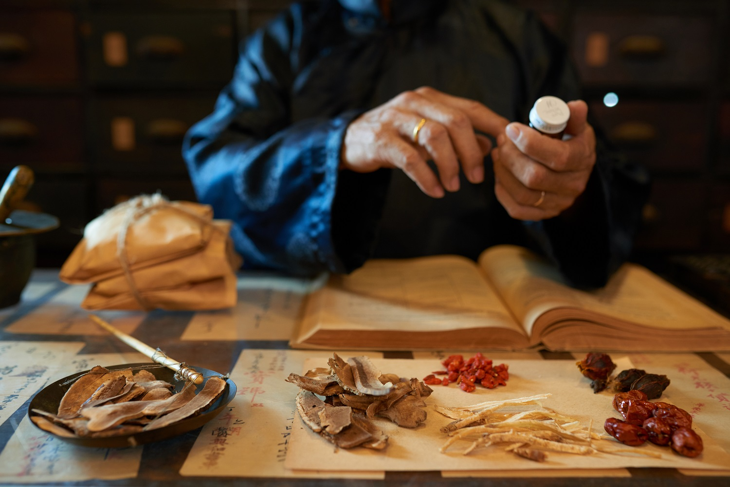 What is Traditional Chinese Medicine & Its Benefits?
