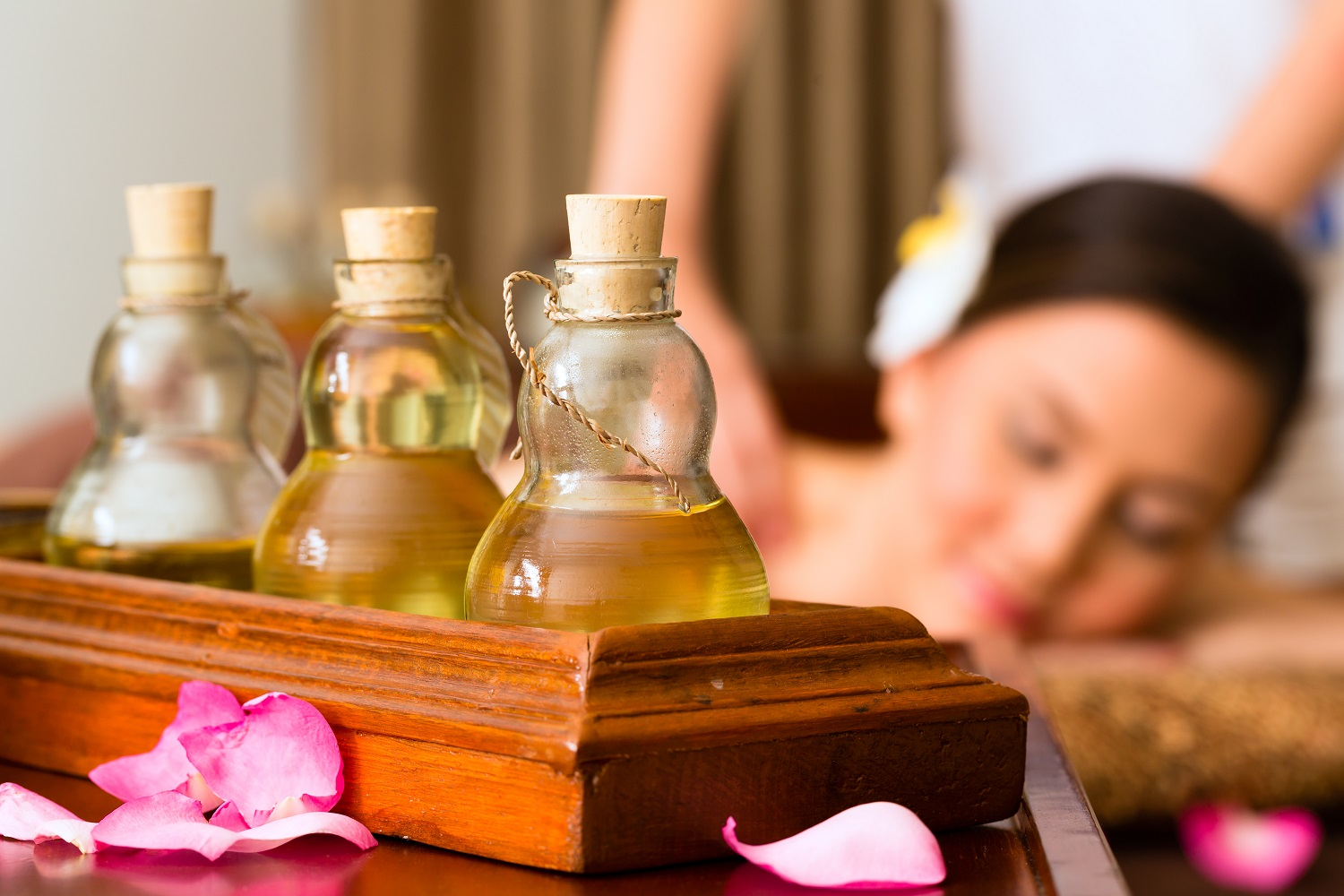 What is Traditional Tibetant Medicine & Tibetan Massage Benefits?